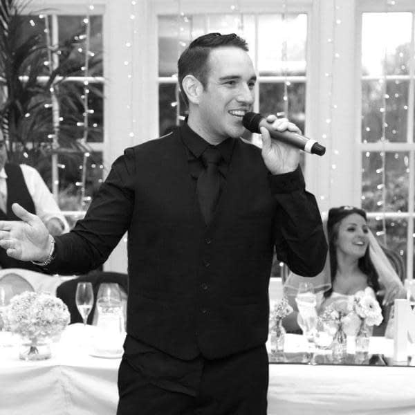 Entertainer hindley Corporate Events